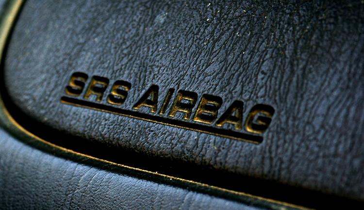 Новые торпеды (панели приборов) для ремонта автомобиля Opel (опель)